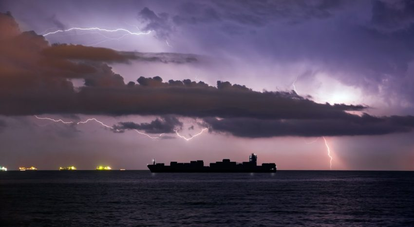 Cargo ships and ports in extreme weather – how we helped our customers